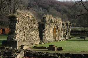 Hailes Abbey, showing soft capping of some walls© Philip Halling & licensed for reuse under this Creative Commons Licence