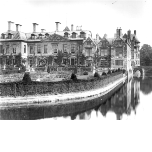 Coombe Abbey, 1909 Country Life Imageshttp://www.countrylifeimages.co.uk/Image.aspx?id=4be86a2d-6fc9-404b-97df-811e52eb088c&rd=2|coombe%20abbey||1|20|10|150