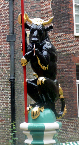 The Black Bull of Clarence, a Yorkist emblem, used by Edward IV, Edward V & Richard III