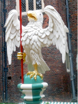 The silver falcon, one of the badges of Edward IV, Henry VII's maternal grandfather