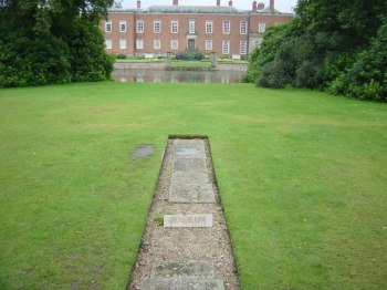 Pet cemetery, Dunham Massey © Copyright Chris Denny and licensed for reuse under this Creative Commons Licence.