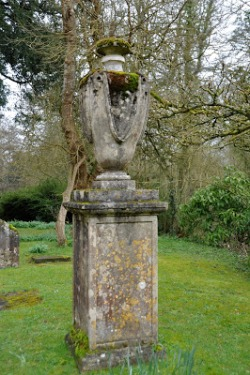 Azor's monument, St Mary's churchyard, Orchardleigh http://creatingpicturesinmymind.blogspot.co.uk