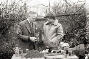 In the Blue Peter Garden with John Noakes 1975 BBC