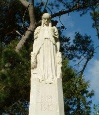 Broadstone War Memorial, http://www.eyemead.com/BROADWW1.htm