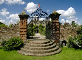 Packwood House http://uktripper.com/visits/packwood-house/
