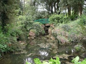 View of the stream with Pulhamite rock work. Photo by Calude Hitchings, Parks and Gardens UK
