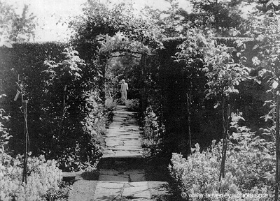 The famous garden path at Thatch Cottage, in the 1930's. http://www.beverleynichols.com