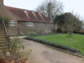 The Lave David Marsh Feb 2014nder Lawn. The entrance is at the far right of the building.