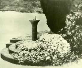Winter Sundial, 1973