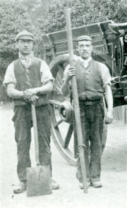 'Night Soil' collectors, Newark, early 1900s http://www.ournottinghamshire.org.uk