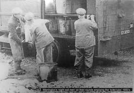 Warrington, 1950s http://forum.warrington-worldwide.co.uk/index.php?/topic/6838-warringtons-night-soil-men-emptying-toilet-tubs-1950s/