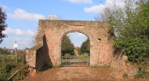 All that remains of the mansion at Columbjohn http://landedfamilies.blogspot.fr/2013/03/15-acland-of-killerton-and-columbjohn_16.html