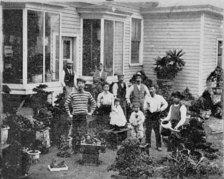 The staff of the S. M. Japanese Nursery Company, from the 1904 New York auction catalogue
