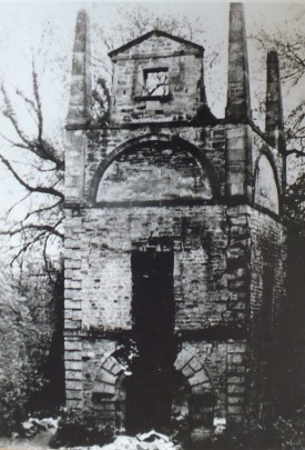 Constantine's well, image taken from the Guidebook