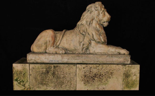 http://www.jardinique.co.uk/garden_antiques/Stock%20Pages/figure_coadestone_croggon_lion.htm