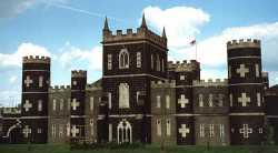 The Black Castle http://brisray.com/bristol/bbris.htm