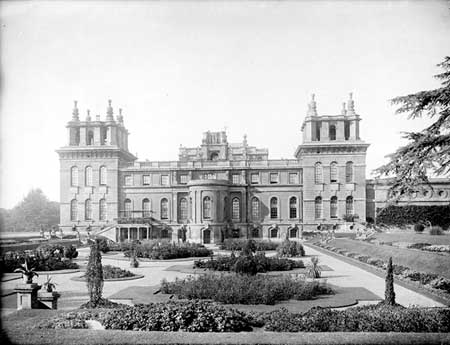 The east front of the palace, housing the private apartments, with the Italian garden in the foreground. Photo by Henry taunt, c1900. http://viewfinder.historicengland.org.uk/search/reference.aspx?uid=46419&index=0&mainQuery=blenheim%20italian&searchType=all&form=home