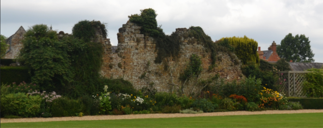 The backwall of the rockery. Photo by Sunchild, 2014 https://www.flickr.com/photos/francescarter/14864164189/in/photolist-oDuJ9V-eq231E-eq1VRE-ep5RVH-ep5RRi-g3tXPn-eq1T57-eq1U1C-g3ukYT-ep5FCc-g3tXLE-H1gdye-g3u6RC-eq27cG-ep5R8D-eq1UQm-g3upnB-ep5Sqz-ep5R8M-eq1Sbq-eq23iq-eq21w5-eq28vN-g3v9kv-a2BEv-c3519j-g3uFAZ-eq26PA-g3uc6o-eq284q-g3uhEG-ngajYN-ep5TA2-ep5F4p-eq27Hs-eq28tQ-ep5RBx-eq1VtA-a2BDN-wtjFP7-ep5SUB-ep5SUX-eq2659-eq26S9-g3tVo3-owpCi4-g3ucdD-a2BER-ep5Lmr-g3t51J