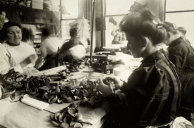 Women making flowers in lower Manhattan, c. 1910