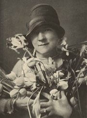 http://carlisleflowers.net/women-garden-writers-in-early-20th-century-winterthur-museum-and-garden-delaware/