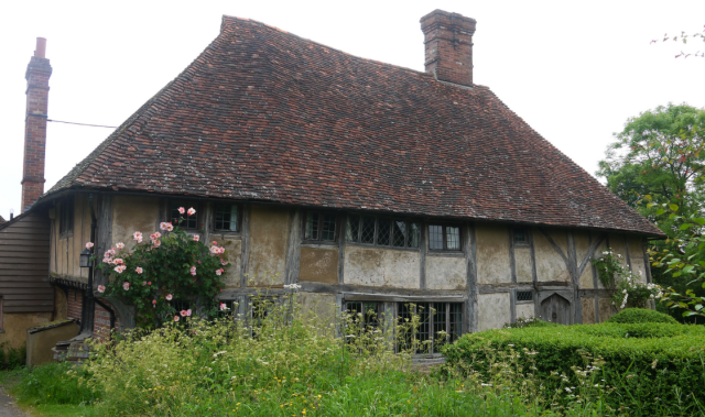 Coggers at Benenden, phoo by Louise and Colin, 2014,https://www.flickr.com/photos/c-l-english/17164777389